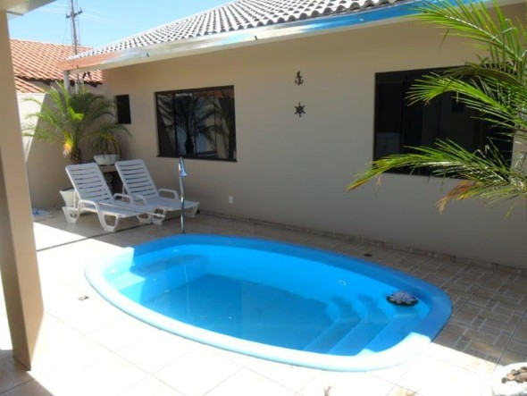 projeto-piscina-para-quintal-pequeno-009