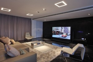 Espaço para ver TV e assistir filmes em casa, um ambiente ideal para toda família.