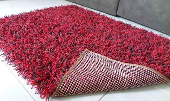 Como fazer tapete amarradinho 010