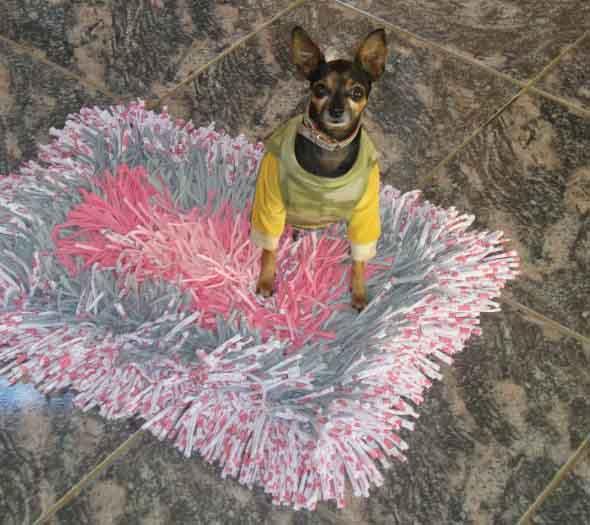 Como fazer tapete amarradinho 015