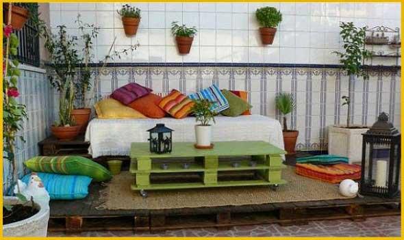 Ideias criativas para usar paletes no jardim de casa 013
