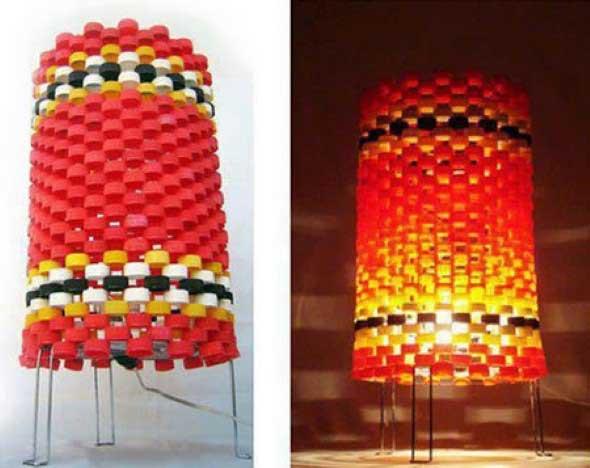 Luminária de material reciclado 014