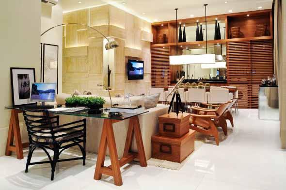Mesa com cavaletes 012
