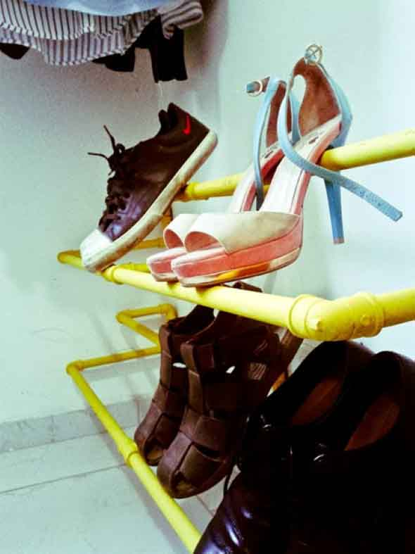Ideias criativas para organizar e guardar sapatos 009