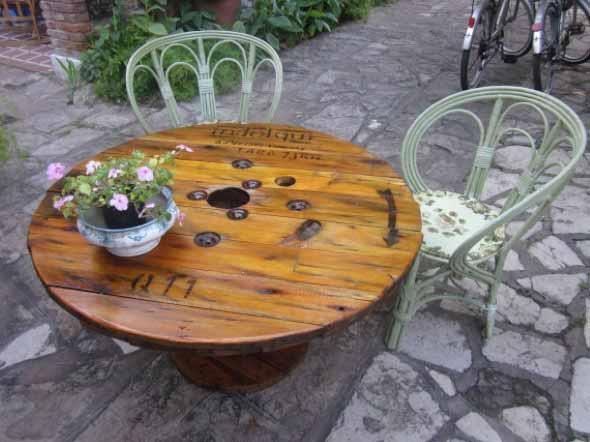 Mesas para varanda quintal ou jardim 008