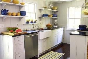 Prateleiras na decoração da cozinha 005