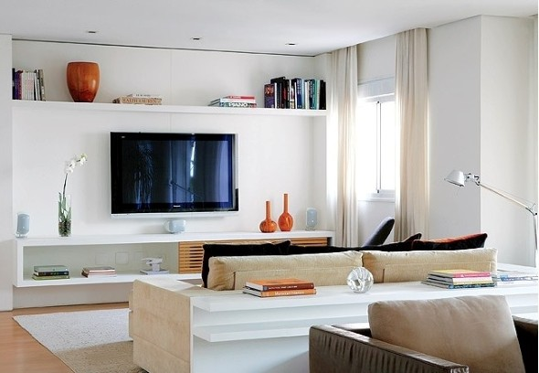 Como usar prateleiras na decora o da sala de estar for Sala de estar funcional