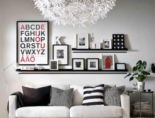 Prateleiras na sala de estar 020