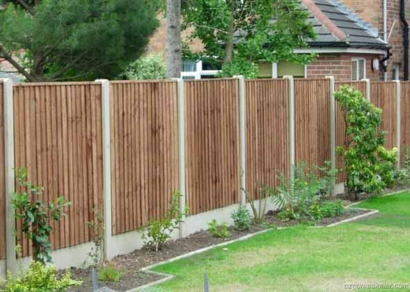 Casas com cercas de madeira 007