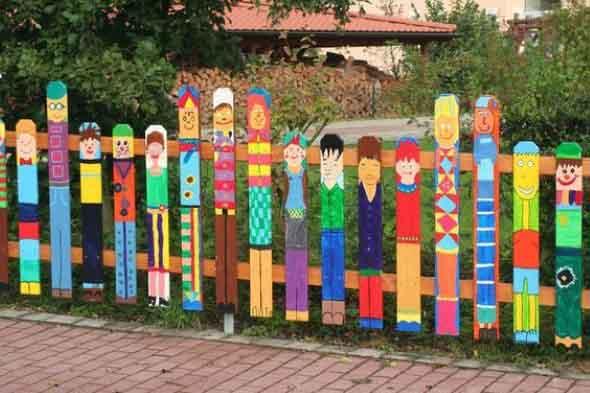 Casas com cercas de madeira 023