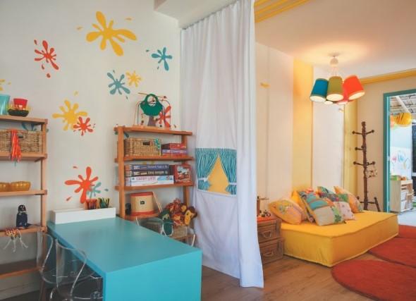 Espaço divertido para crianças em casa 008