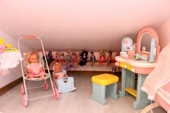 Espaço divertido para crianças em casa 015