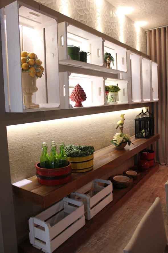 Caixotes de madeira na decoração 022
