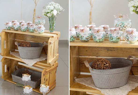 Caixotes de madeira na decoração 023