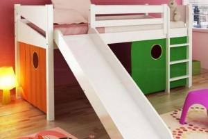 Cama das crianças com escadas 007