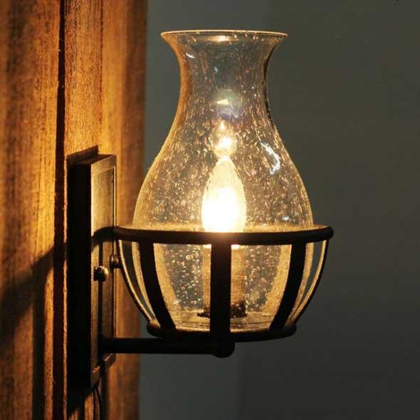 Iluminação com lâmpadas vintage na decoração 017