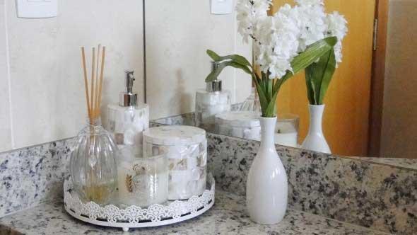 Vasinhos de flores e plantas para enfeitar a casa 009