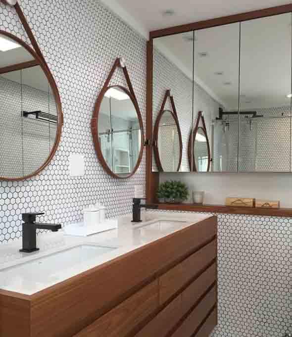 Banheiro de casal charmoso na decoração 014