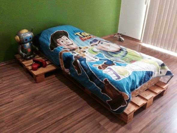 Projetos para crianças com paletes de madeira 005