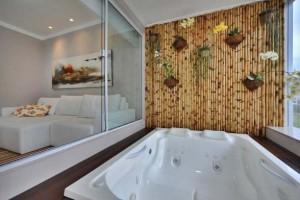 Ambientes decorados com o uso do bambu 013