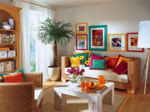 Almofadas coloridas na decoração 006