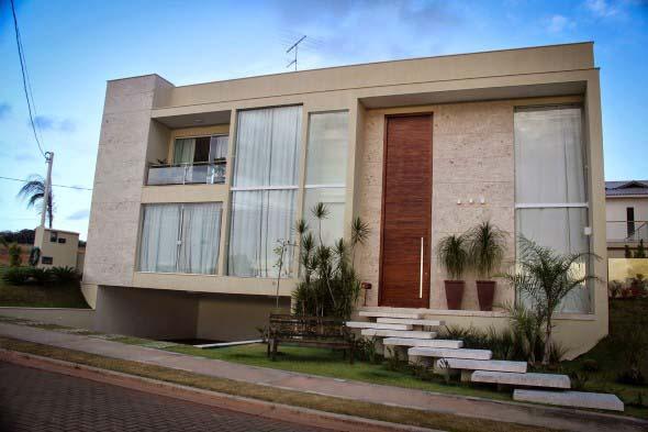 Fachadas de casa com vidros 001