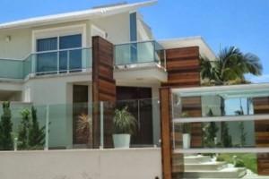 Fachadas de casa com vidros 018