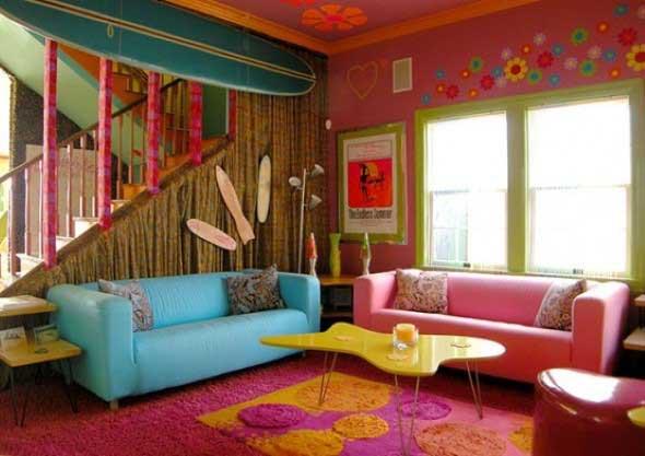 Janelas coloridas dentro de casa na decoração 006