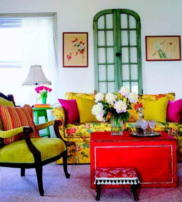 Janelas coloridas dentro de casa na decoração 007