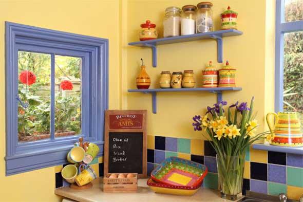 Janelas coloridas dentro de casa na decoração 009