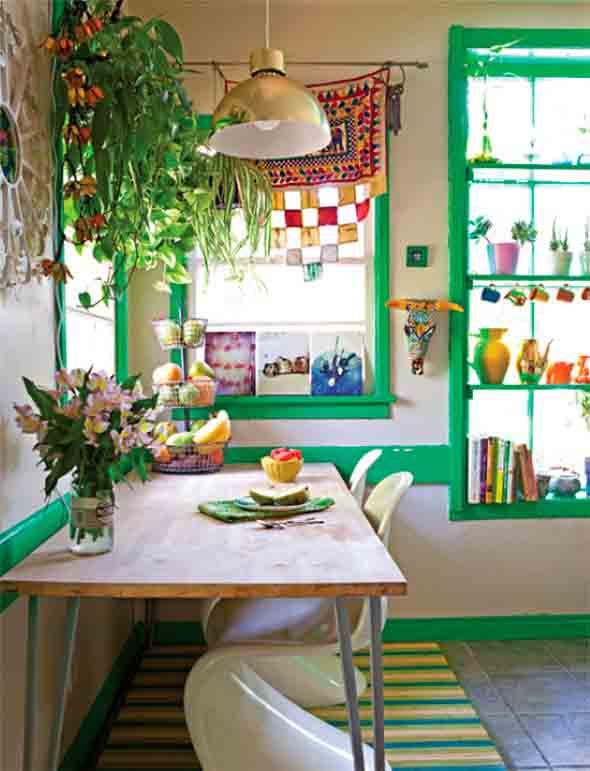 Janelas coloridas dentro de casa na decoração 015