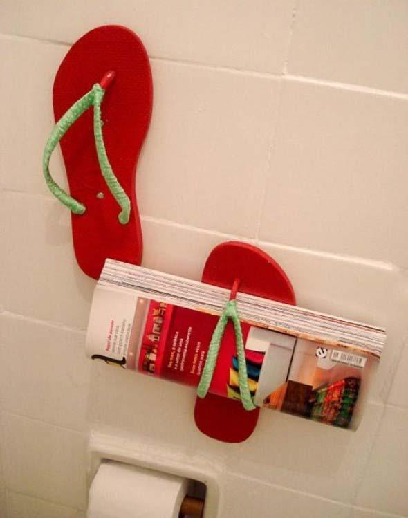 Suporte para jornais e revistas no banheiro 018