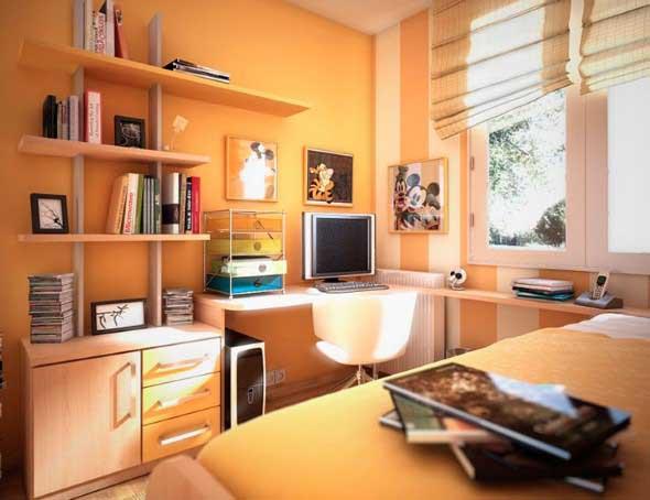 Bancada de estudos no quarto 007