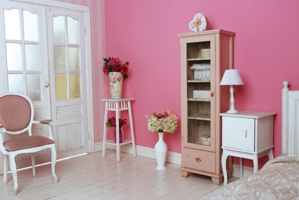 Inspire-se decorando a casa com tons de rosa 006