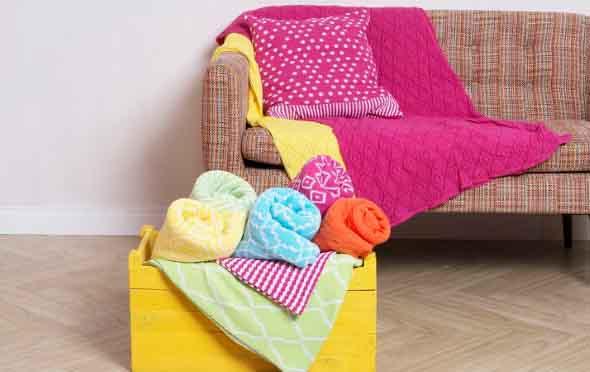Inspire-se decorando a casa com tons de rosa 010