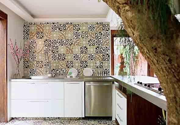 Azulejos estampados na cozinha 011