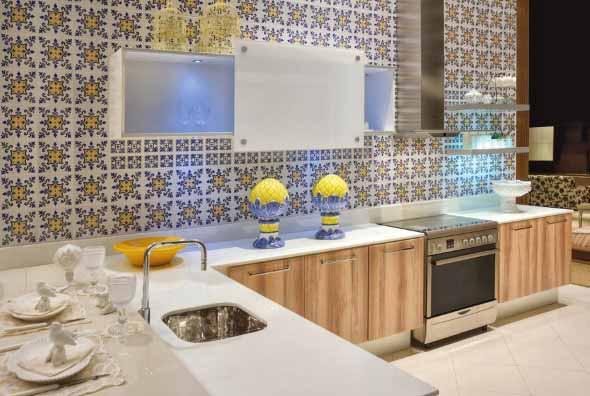 Azulejos estampados na cozinha 012