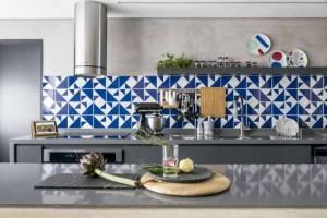 Azulejos estampados na cozinha 013