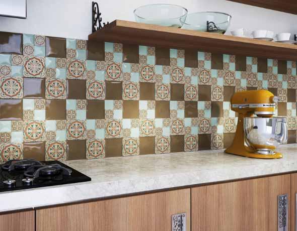 Azulejos estampados na cozinha 015