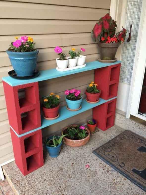 Como organizar flores com vasos artesanais 005