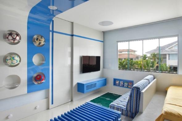 Decoração com TVs espalhadas pela casa 004