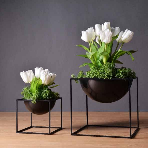 Vasos de plantas quadrados na decoração 002