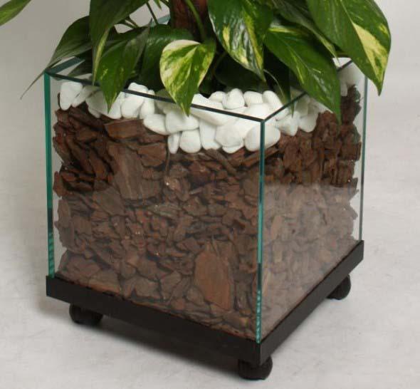 Vasos de plantas quadrados na decoração 005
