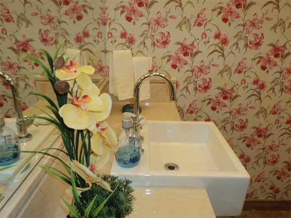 Papel de parede floral na decoração 003