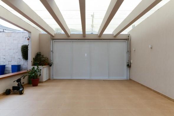 Pergolados no interior e exterior de casa 009