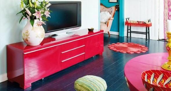 Cômodos com móveis coloridos 001