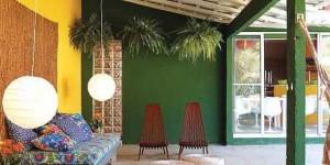 Colorido na varanda e jardim 003