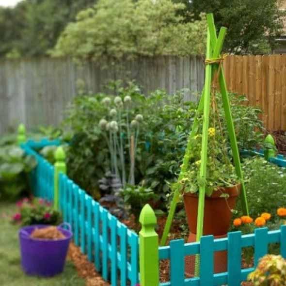 Colorido na varanda e jardim 008