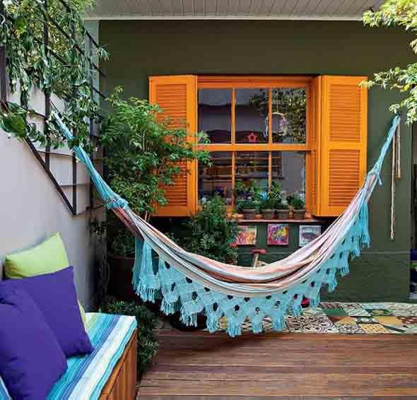 Colorido na varanda e jardim 009