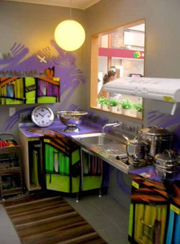 Grafite colorido na decoração 016